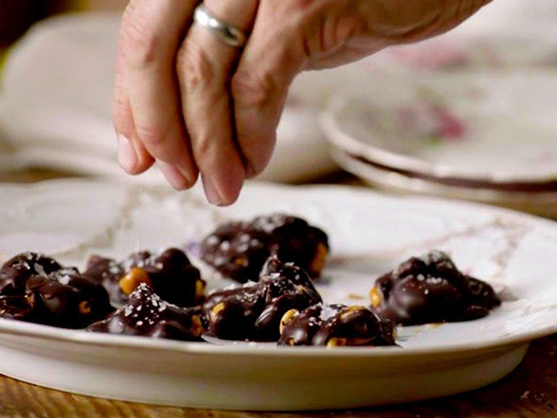 Besos de Caramelo y Chocolate